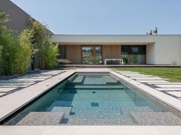 ETF [PRIVATE HOUSE]
